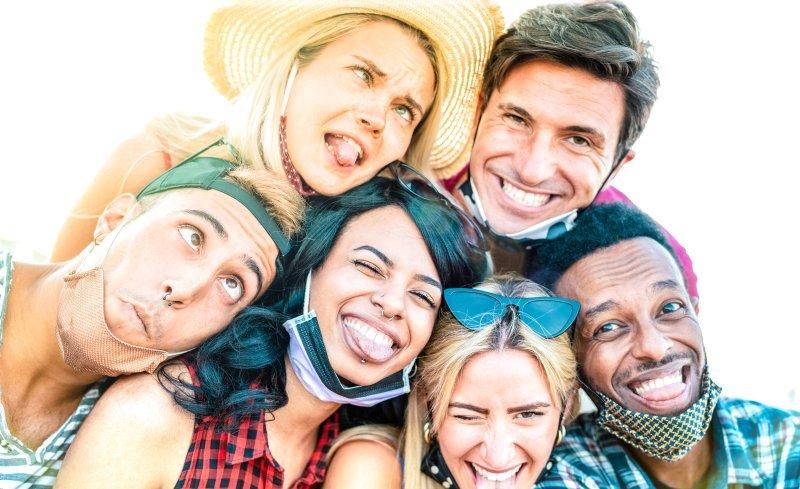 BLOG-Jongeren nemen corona-maatregelen steeds minder serieus